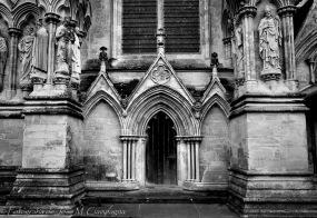 Puerta lateral Catedral de Salisbury, Gales, England