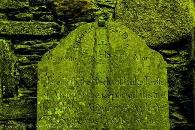 La lápida olvidada