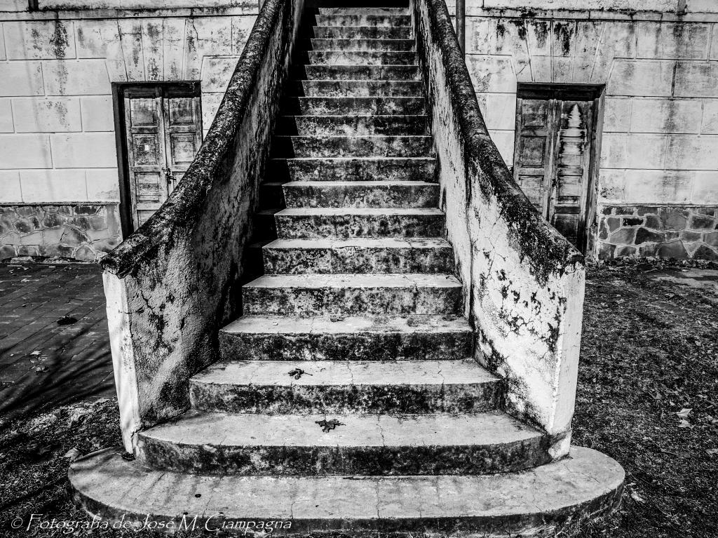 Escalera al pasado
