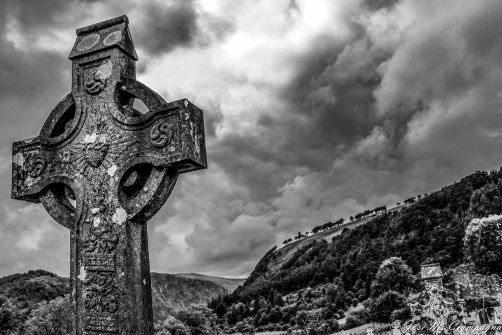 Cruz en Glendalough