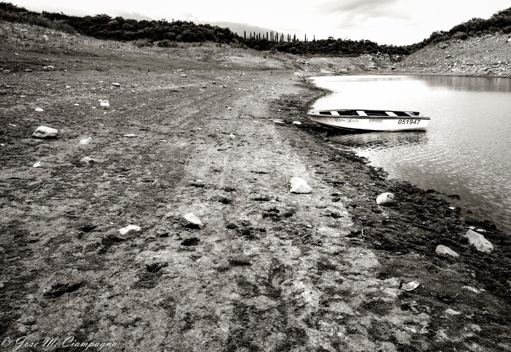 El lago En Las Rabonas