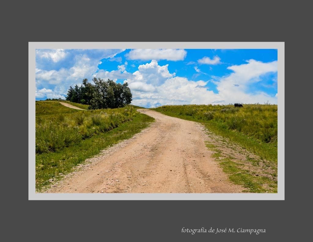 Camino de Yacanto a Río Grande