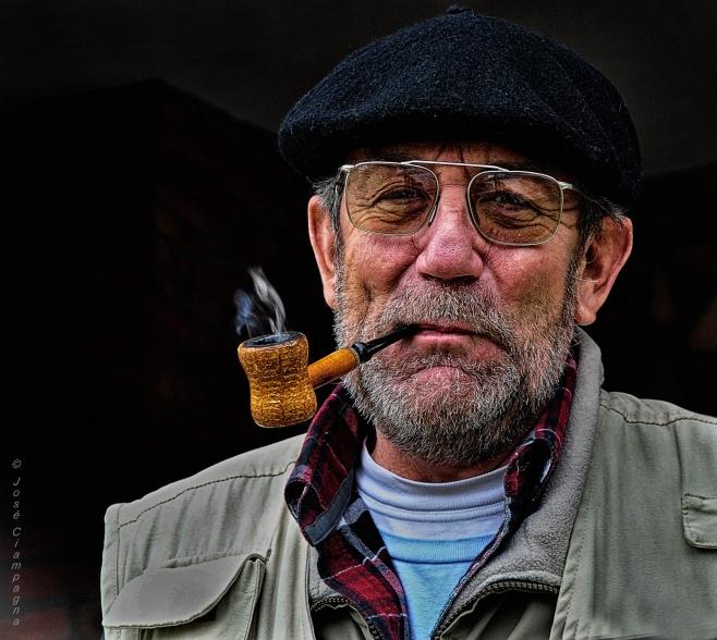 Fumador de pipa.jpg