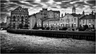 Londres_Vista desde el río Támesis en Blanco y negro
