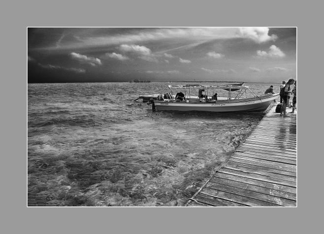 """""""La espera"""", Isla del Rosario, cercanías de Cartagena de Indias, Colombia."""