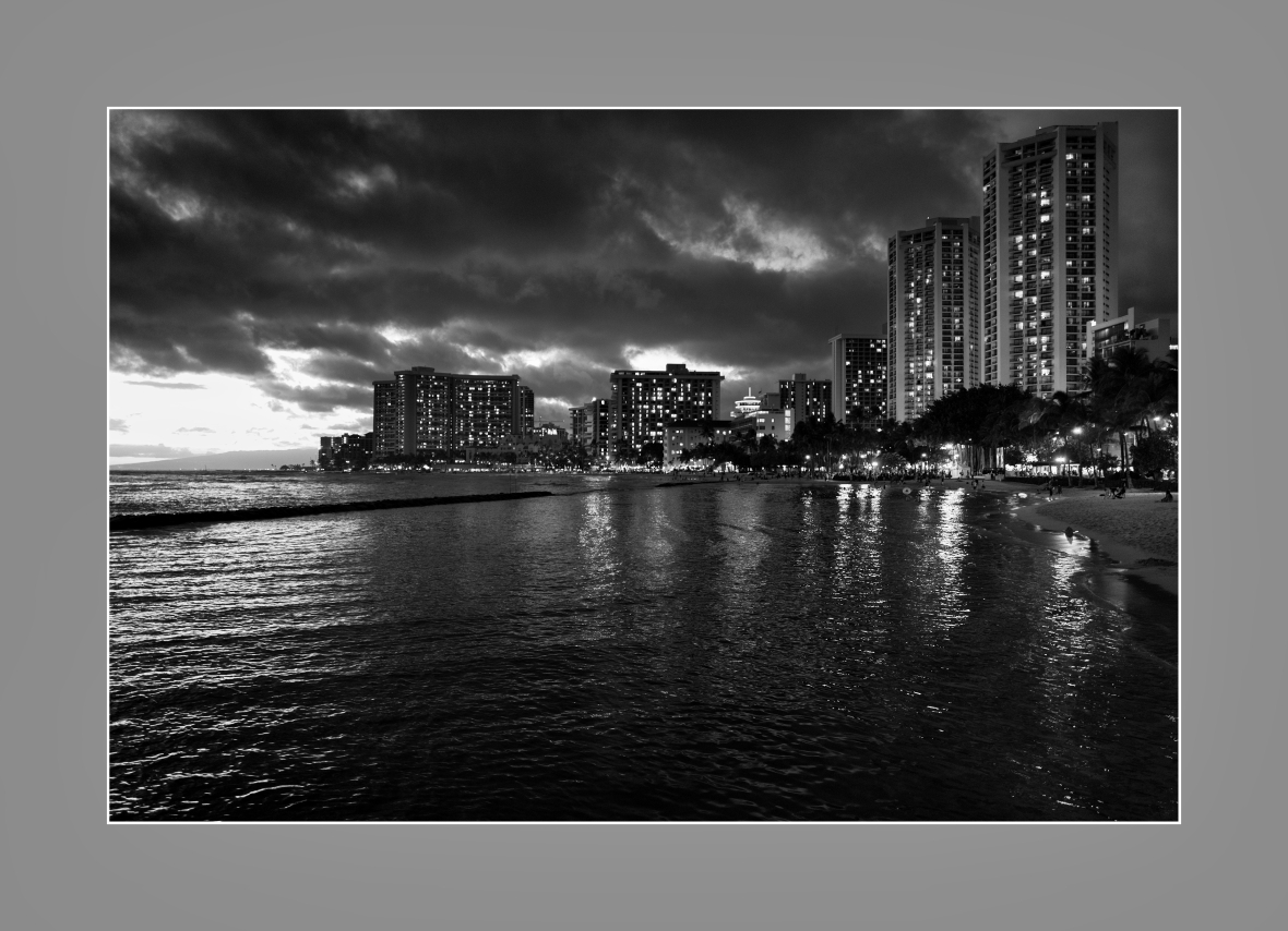 """Se vino la noche en Waikiki"", Honolulu, USA. 2016"