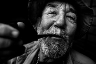 La sonrisa del fumador de pipa