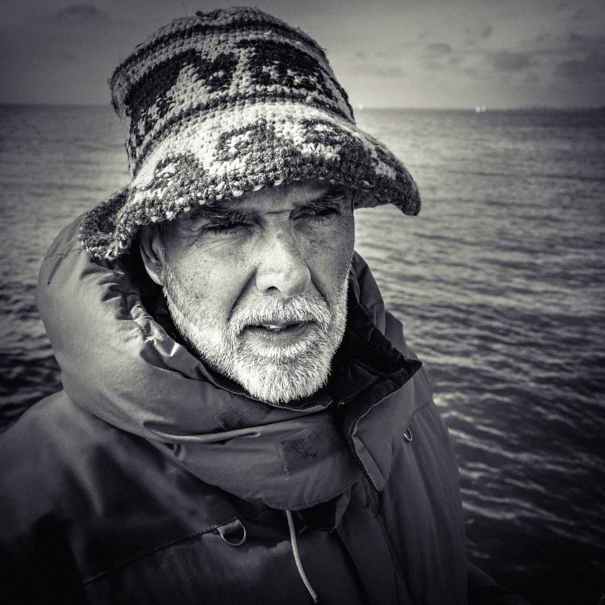 Retrato de Pescador en el Puerto de Olivos, Buenos Aires, Argentina. 2017