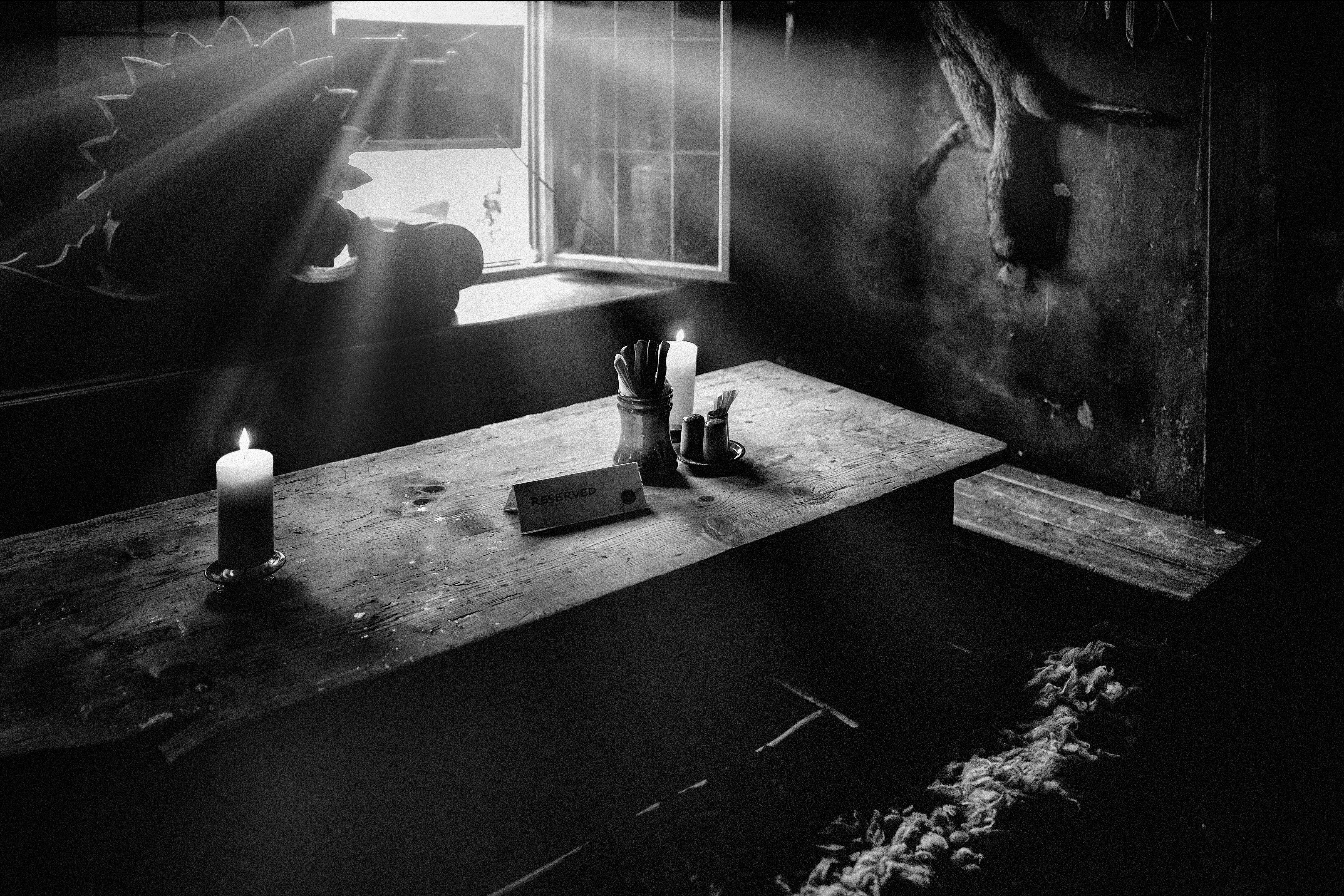 """""""Bodegón"""", U krále Brabantshého (interior del pub, para algunos, el más viejo de Pragha), Camino al Castillo, Pragha, República Checa. Abril 2018."""