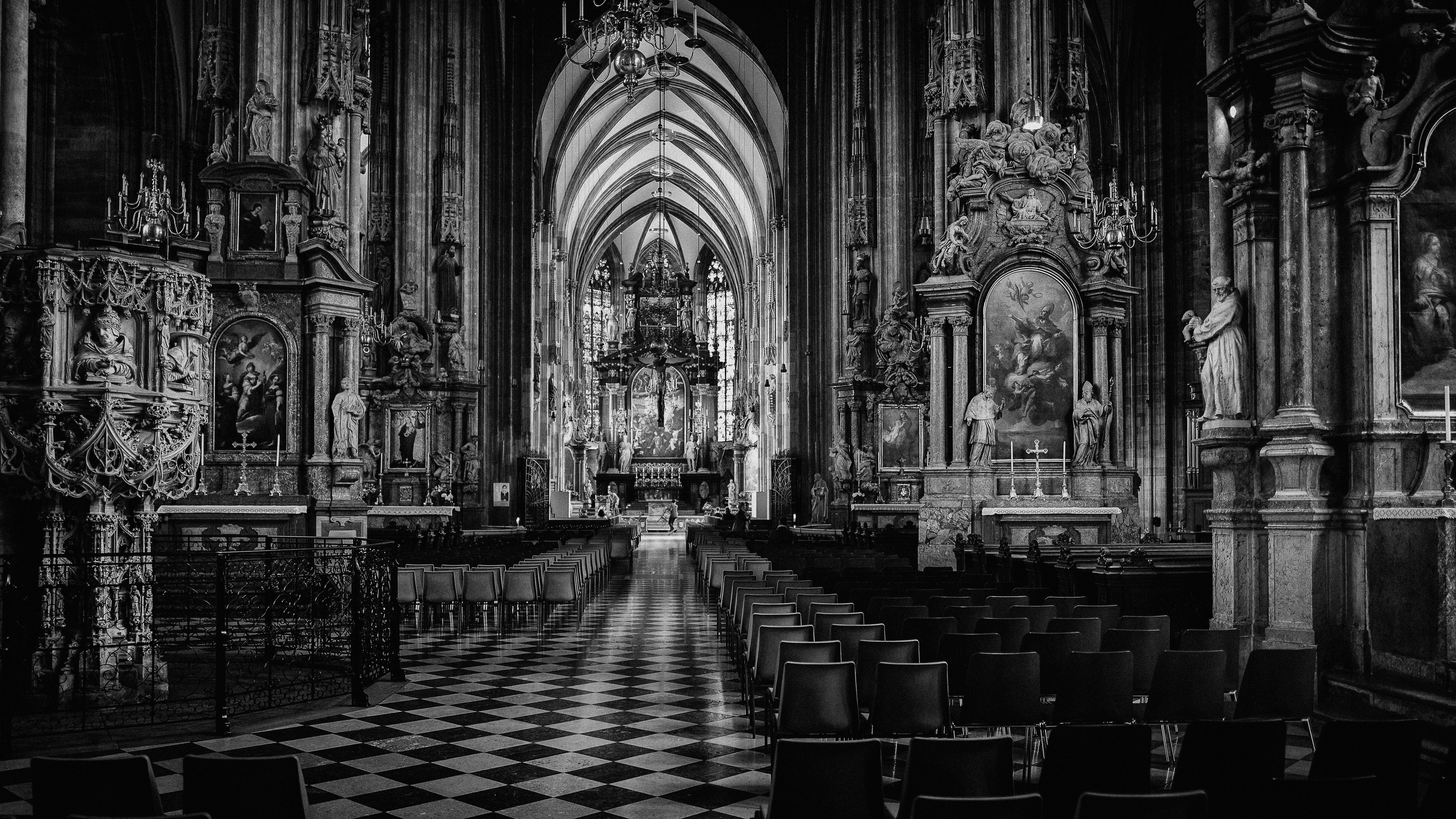 Interior Catedral San Esteban, Viena, Austria, Abril 2018